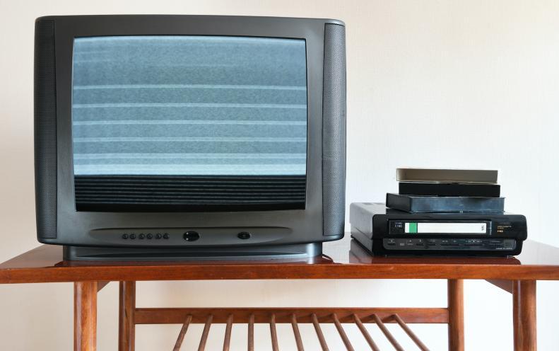 2000年と2020年を徹底比較!デジタル化やモバイル化されたものを振り返る